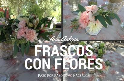 frascos con flores naturales