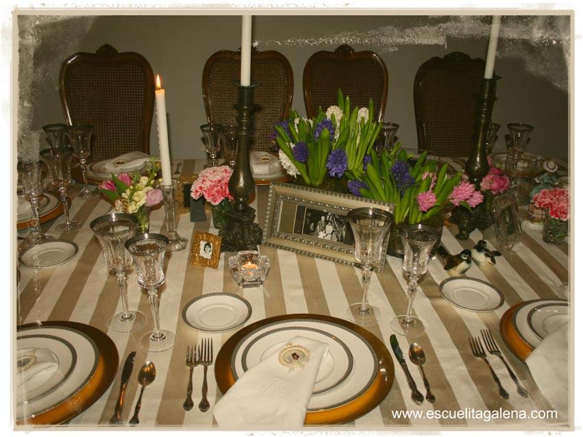jacintos-decorando-la-mesa