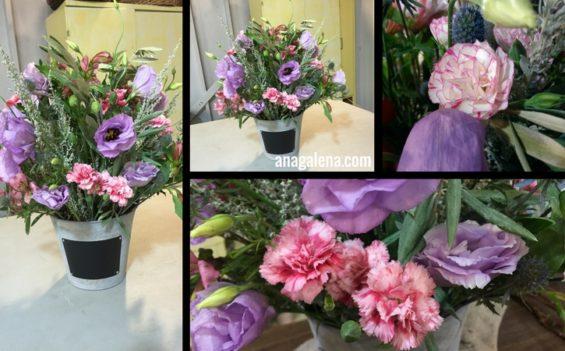 como-hacer-un-arreglo-de-flores-en-cubeta-campirano-clavelina