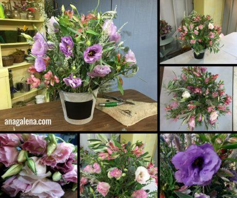 como-hacer-un-arreglo-de-flores-en-cubeta-campirano-con-lisianthus
