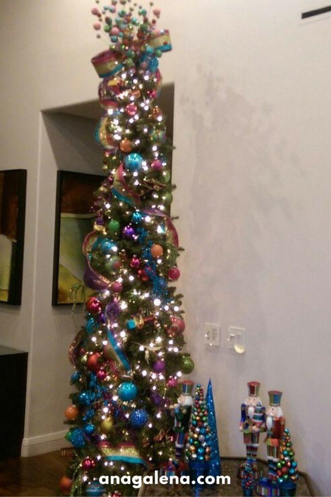 arbol-de-navidad-flaco-y-alto