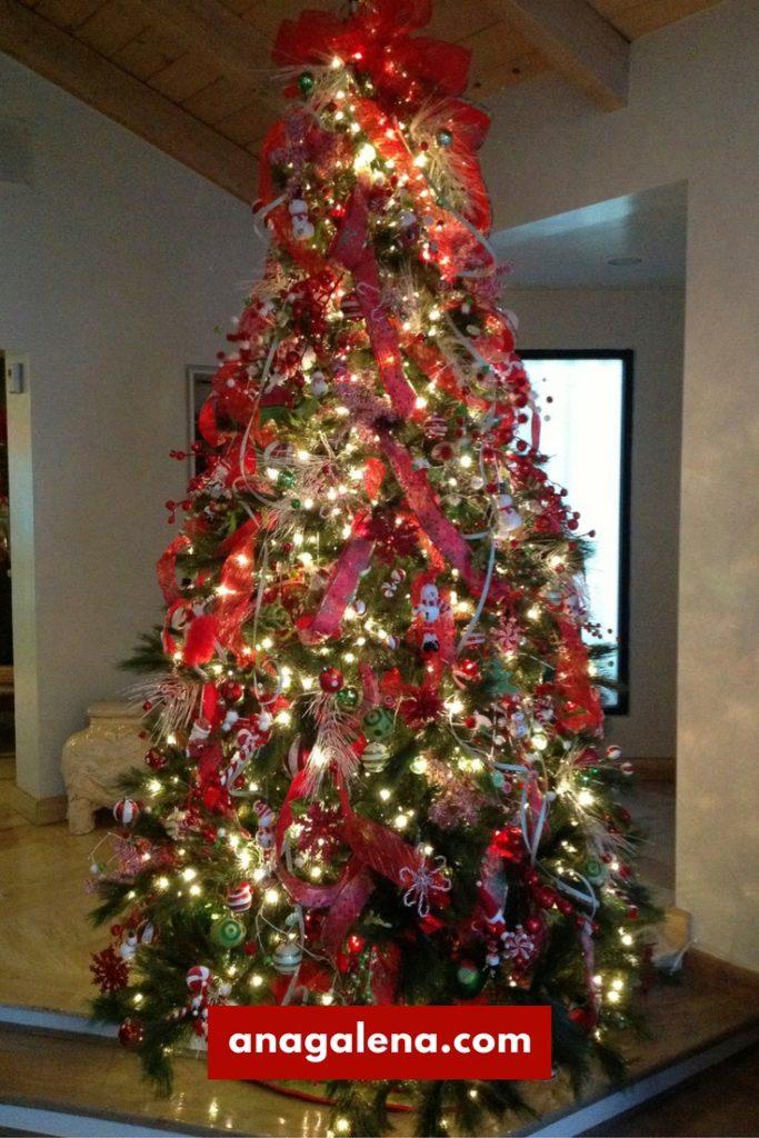 40 ideas para decorar tu rbol de navidad ana galena for Buscar adornos de navidad