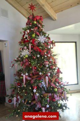 arbol-de-navidad-tradicional-con-estrella