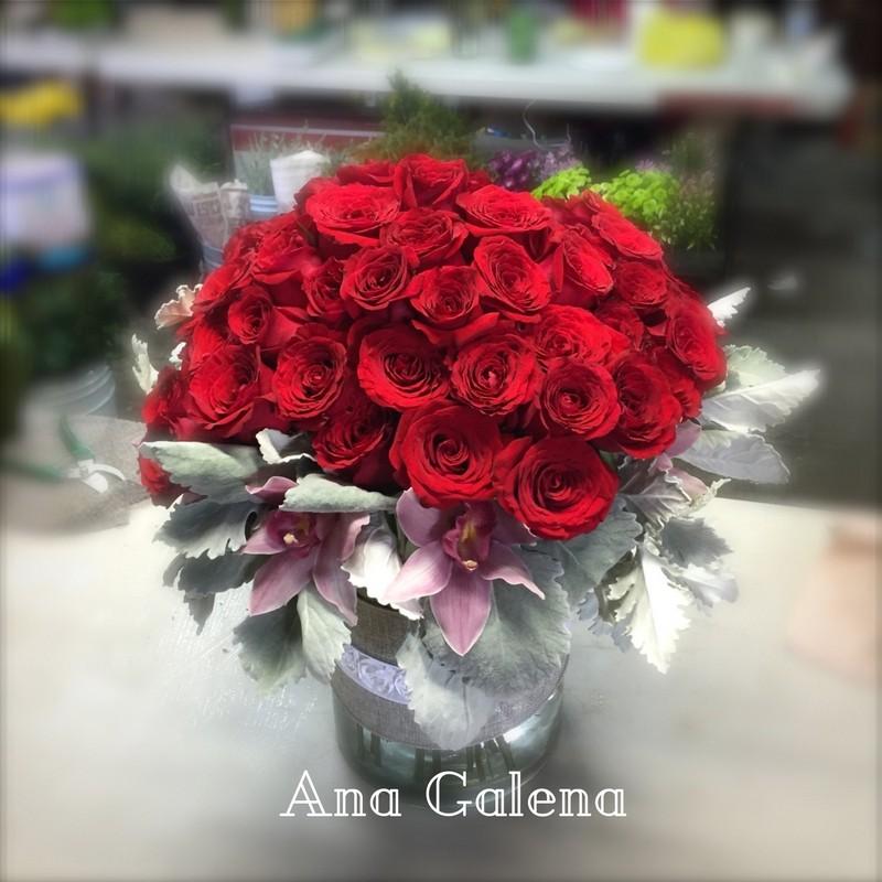 rosas-con-orquideas