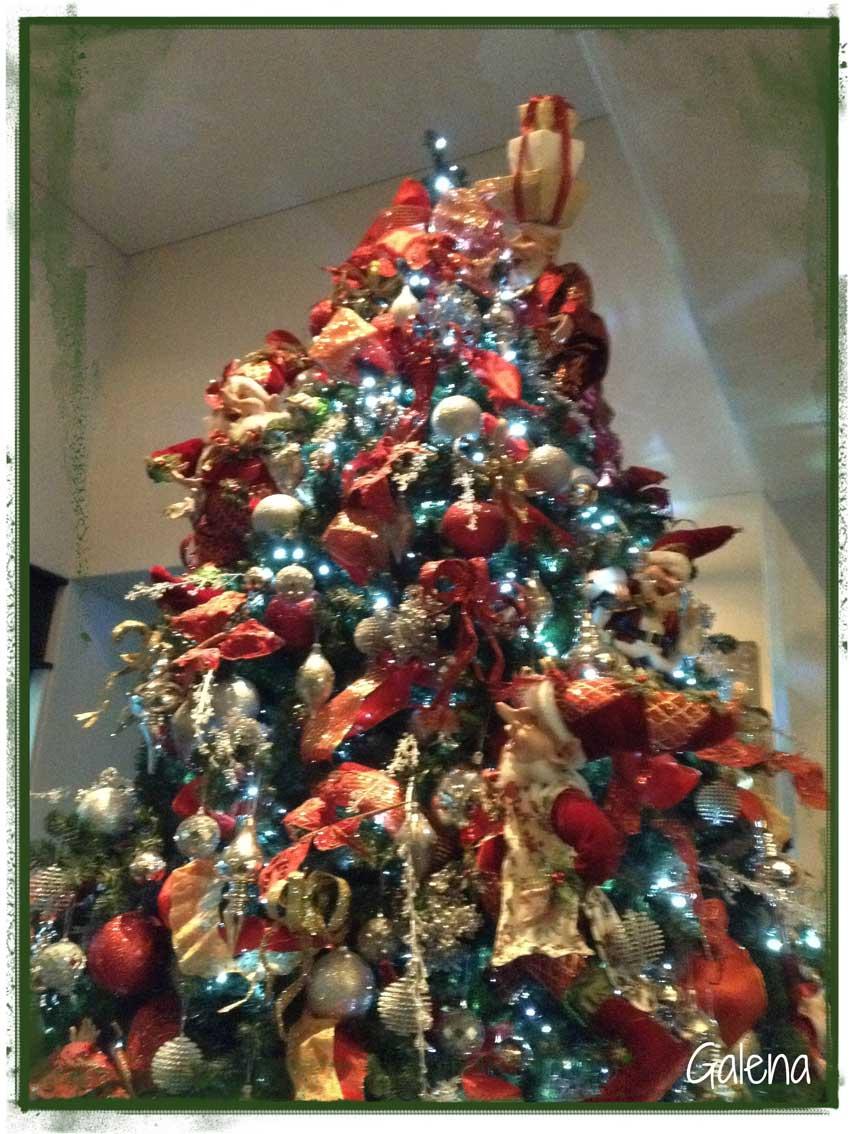 Navidad-Christmas-arbol-de-elfos-navideño