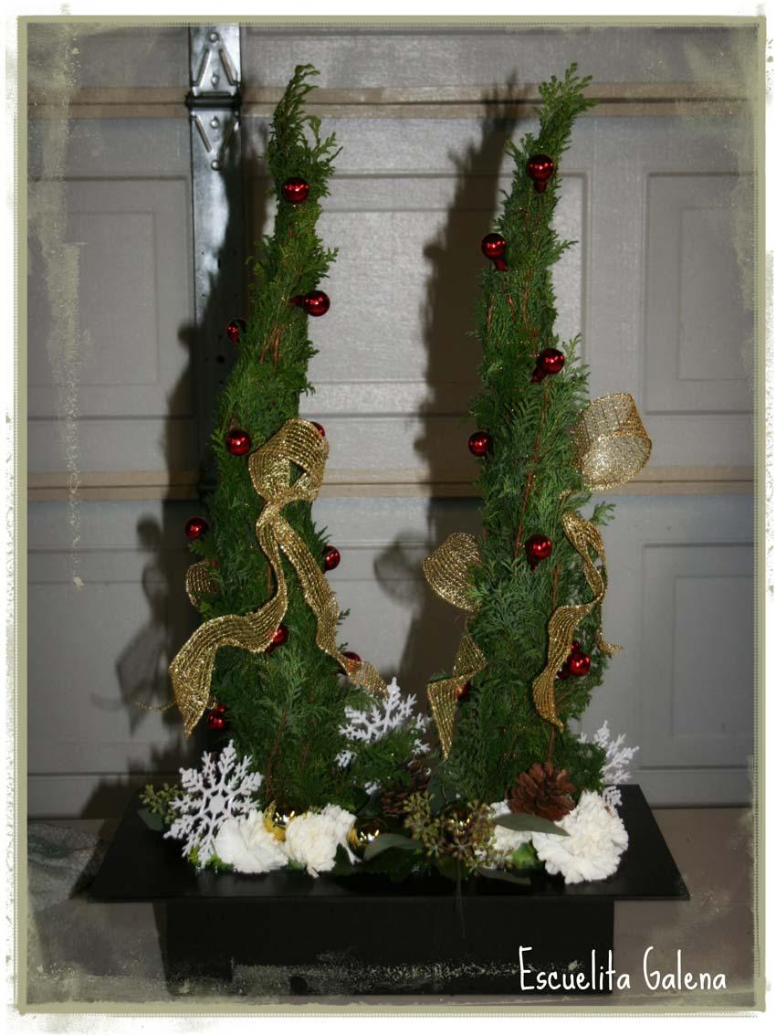 Navidad-Christmas-arreglo-navideño-cipres-terminado-3