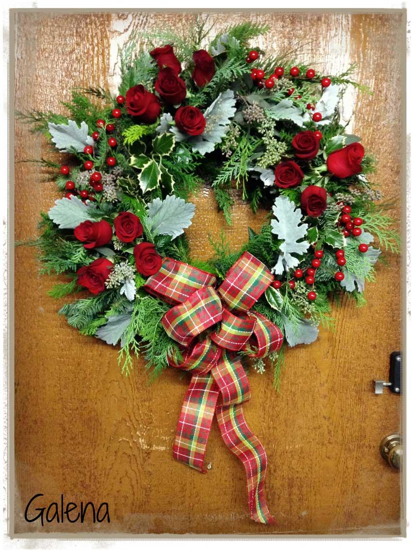 Corona navide a para la puerta ana galena for Arreglo para puertas de navidad