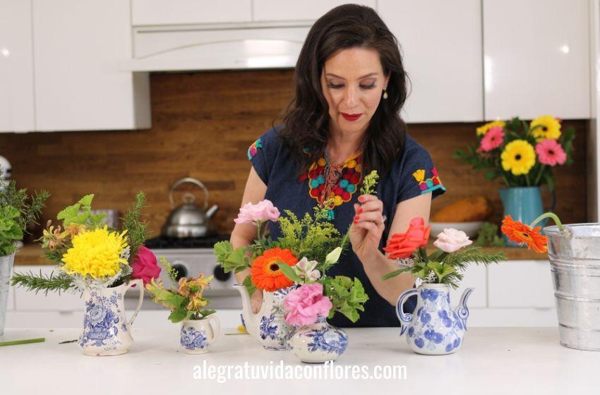 jarritas con flores
